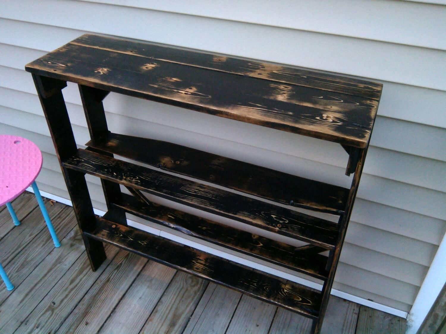 Reclaimed Wood Pallet Entryway Table