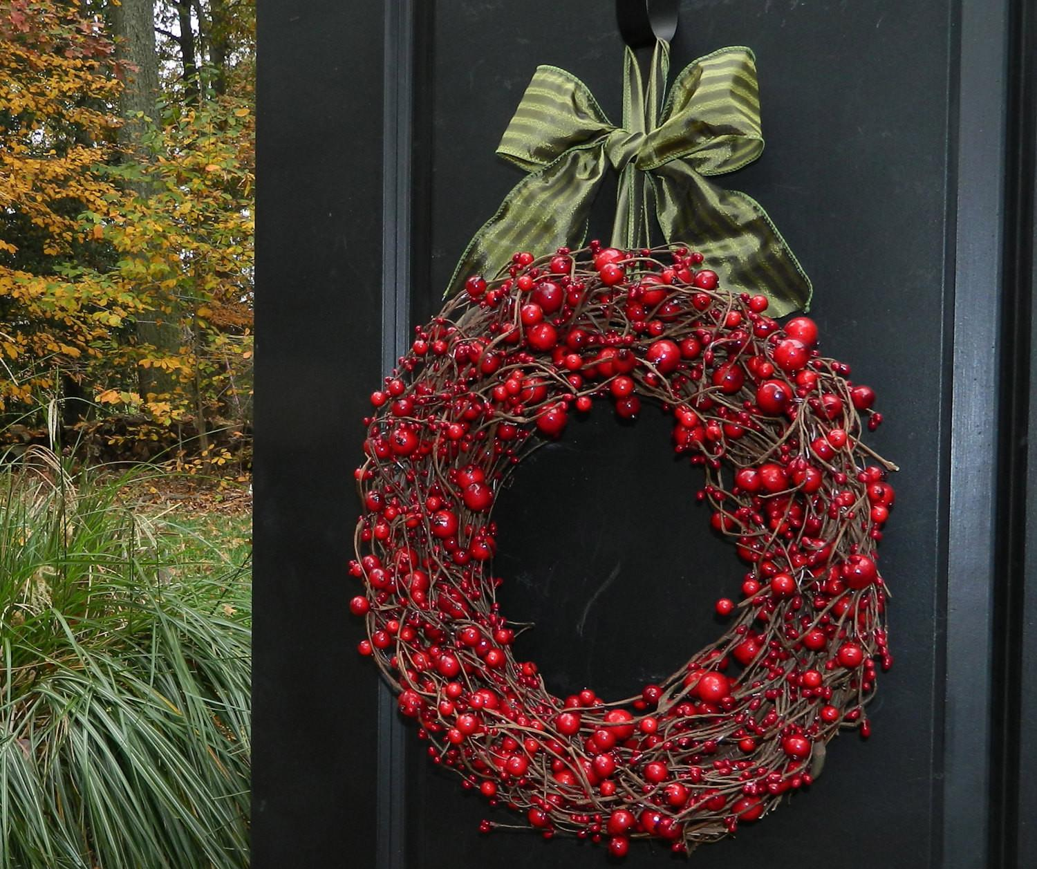 Red Berry Valentine Wreath Holiday Cranberry