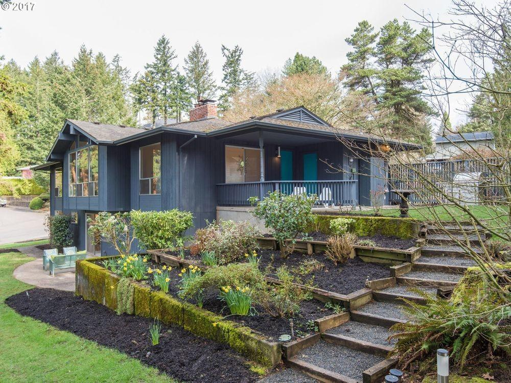 Remodeling Home Portland Marked Retro Style