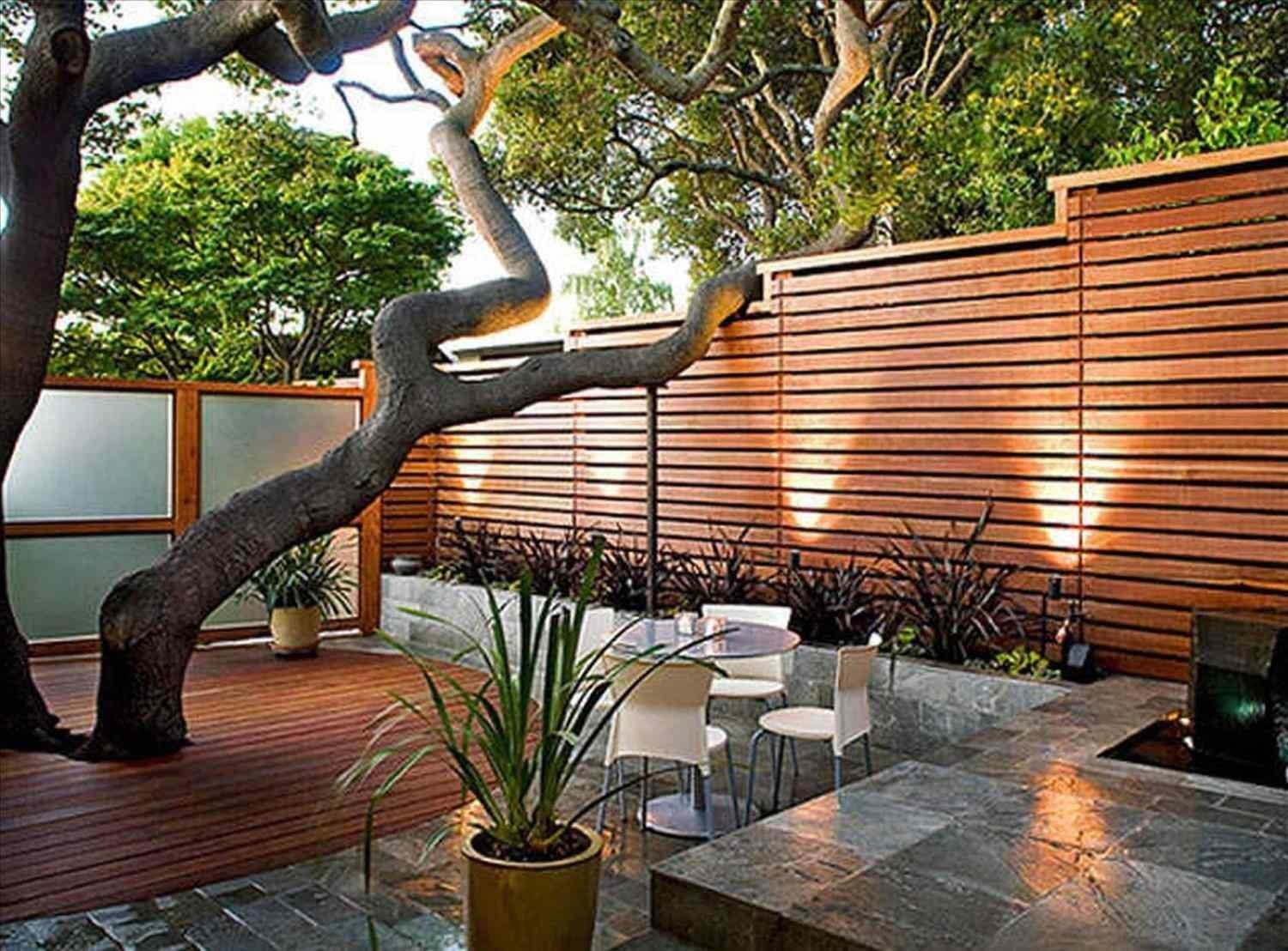 Residential Contemporary Landscape