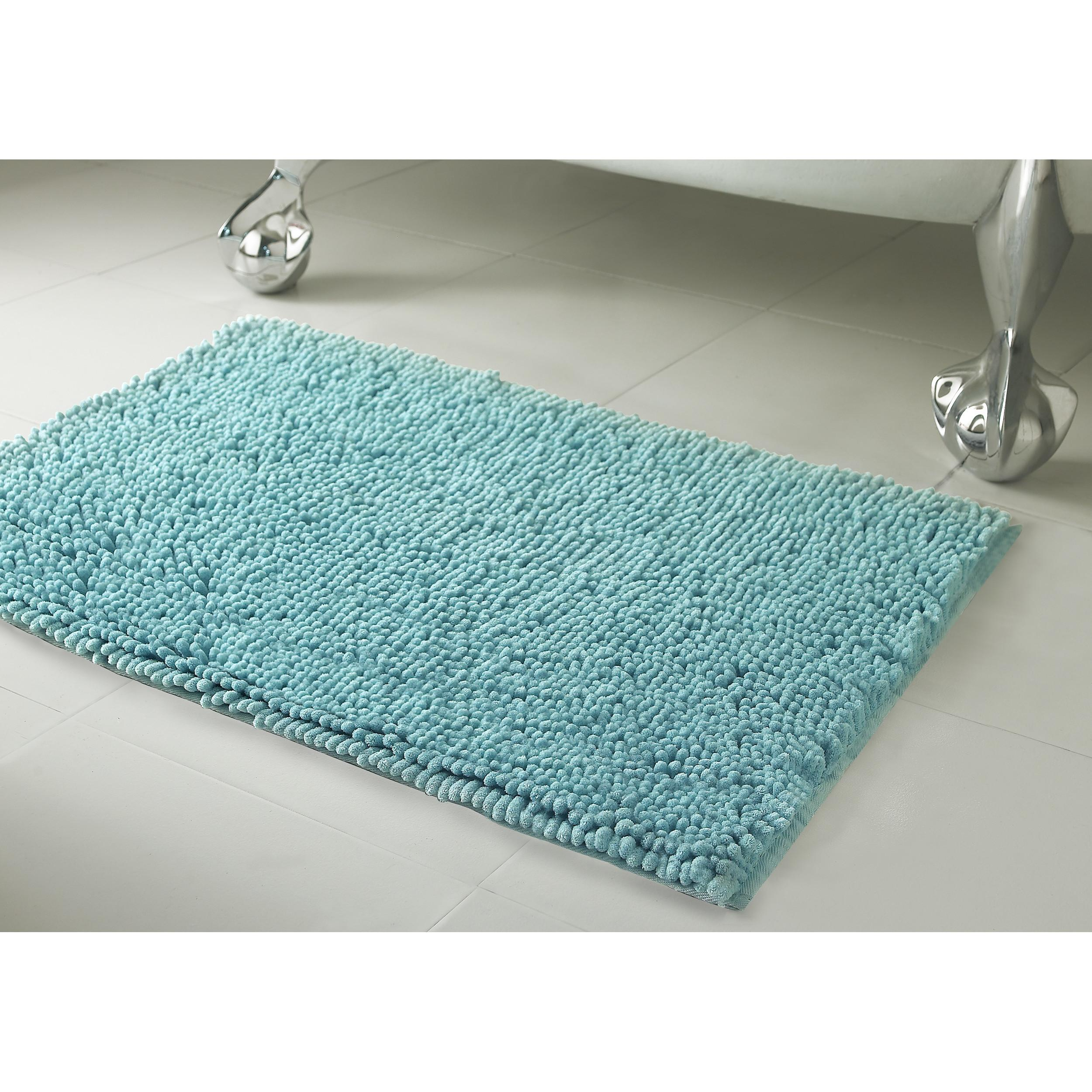 Resort Collection Chenille Plush Bath Mat
