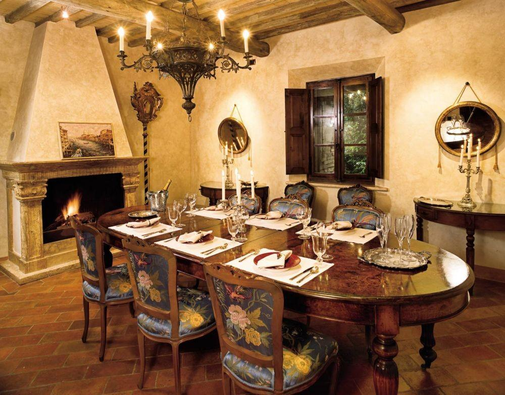 Robert Zemeckis Rustic Dining Room Architectural