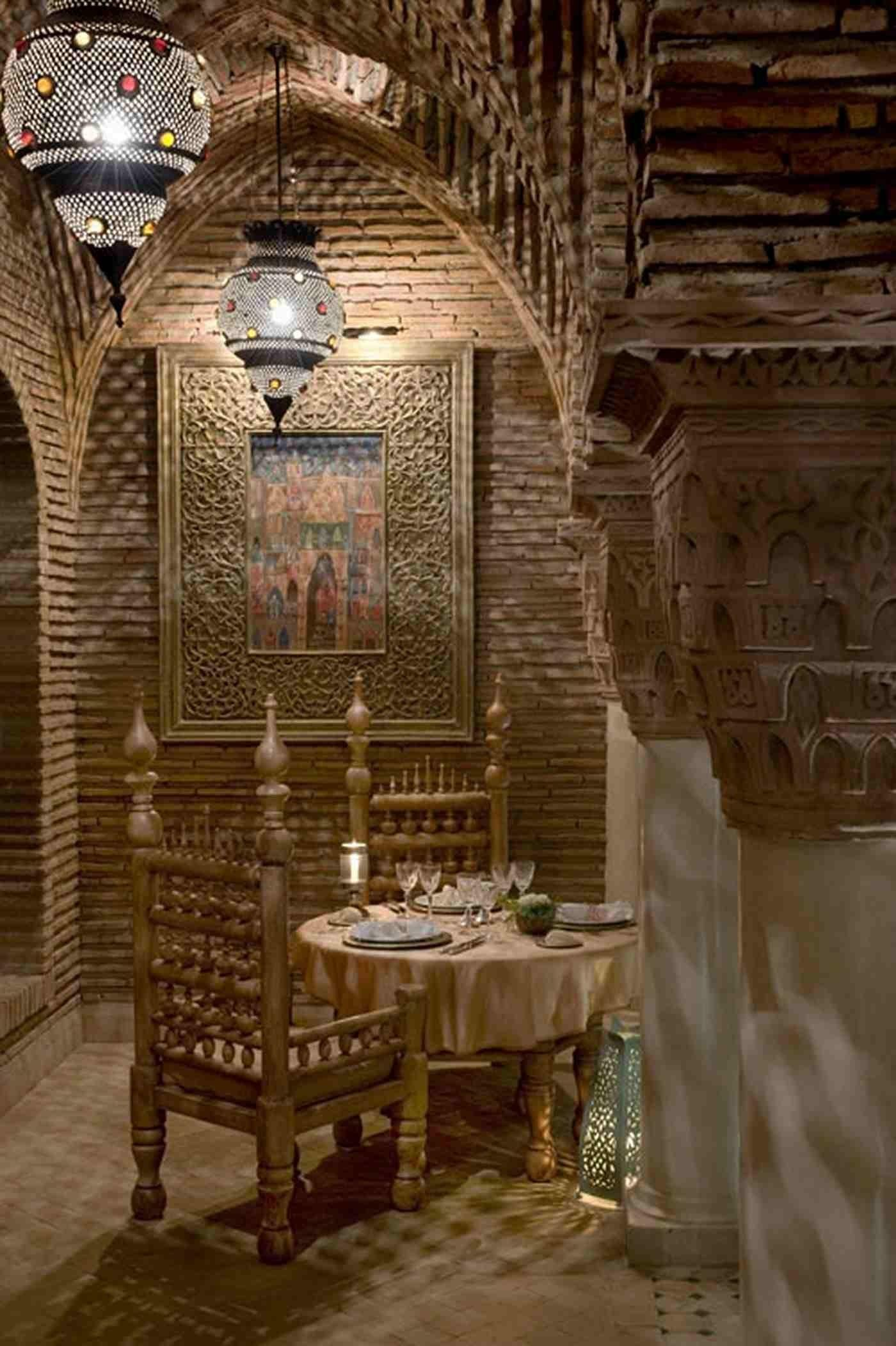 Romantic Dining Room Decoration Moroccan Style