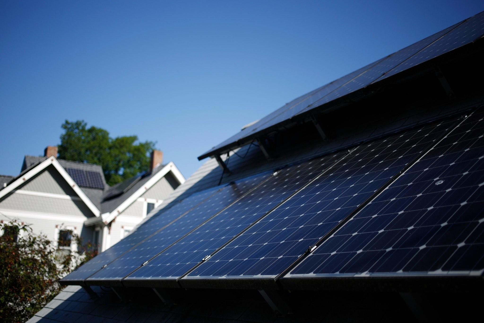 Rooftop Solar Dims Under Pressure Utility Lobbyists