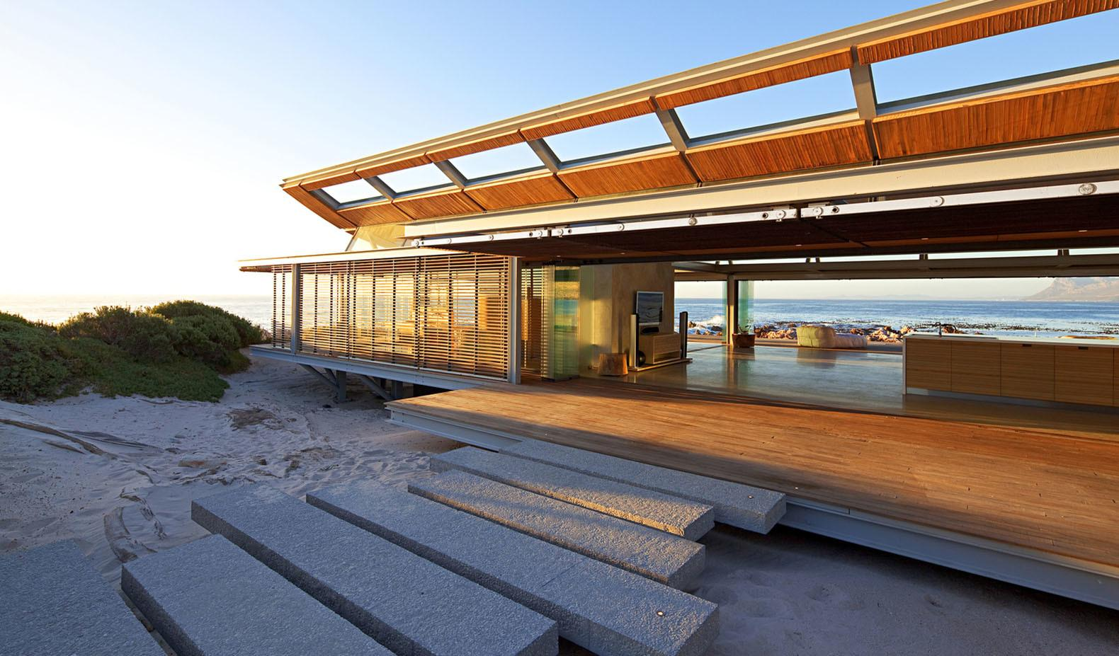 Rooiels Beach House Cape Town Controls Natural Light