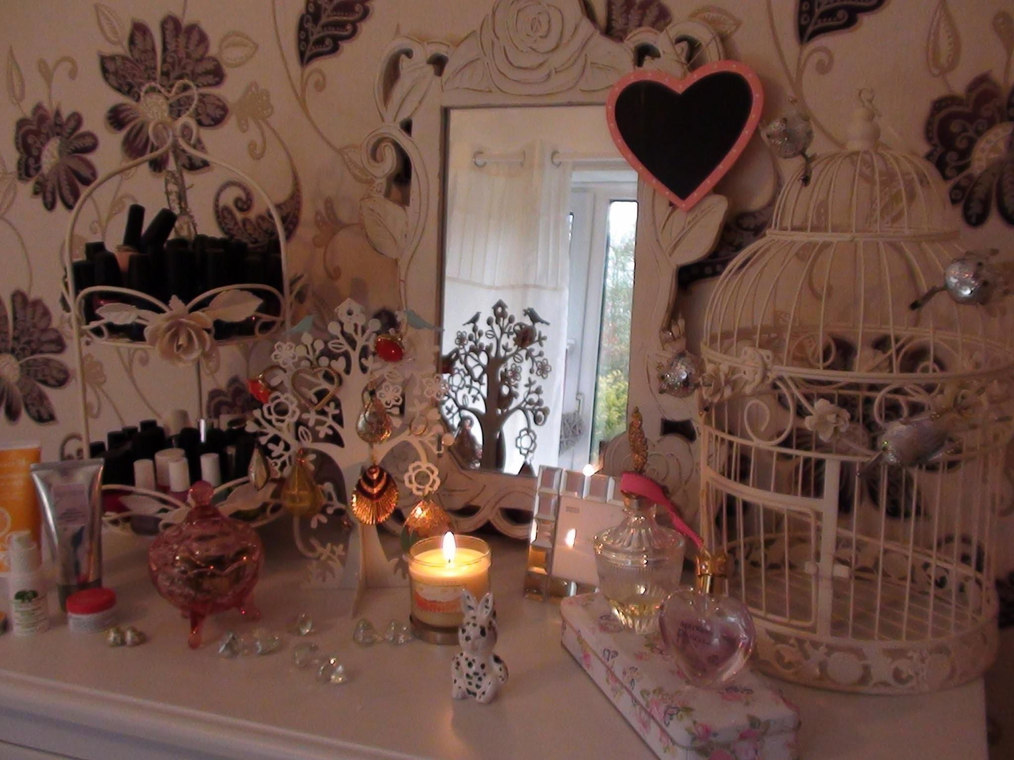 Room Decorating Tips Shabby Chic Vintage Girly