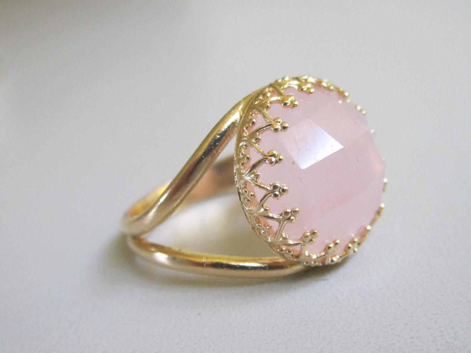 Rose Quartz Ring 14k Gold Vintage Cocktail