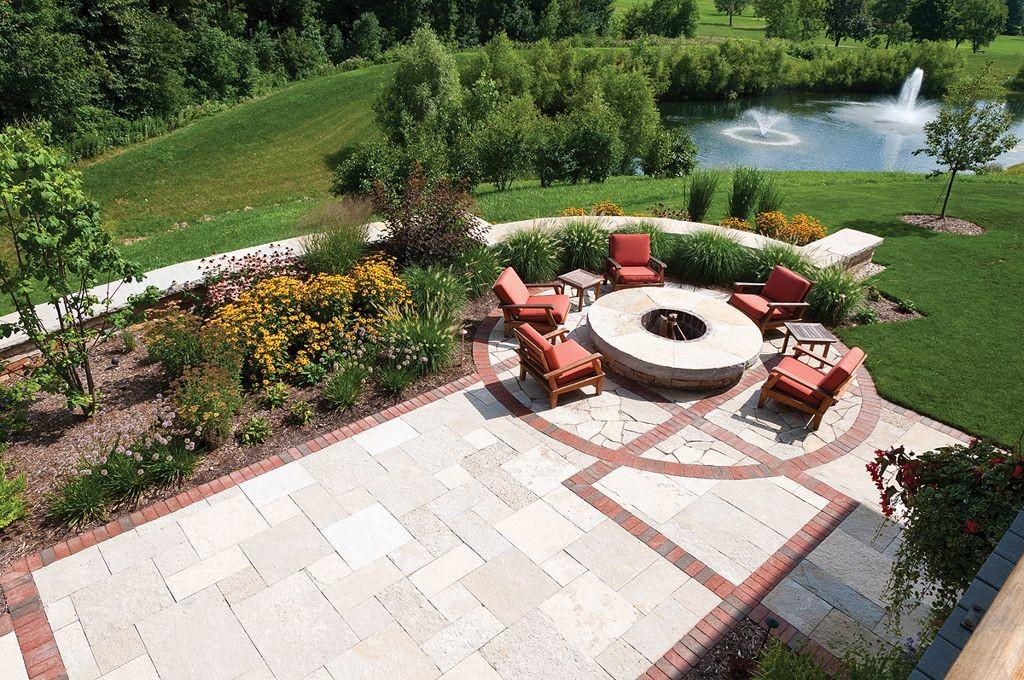 Round Outdoor Patio Firepit Backyard Landscaping Ideas