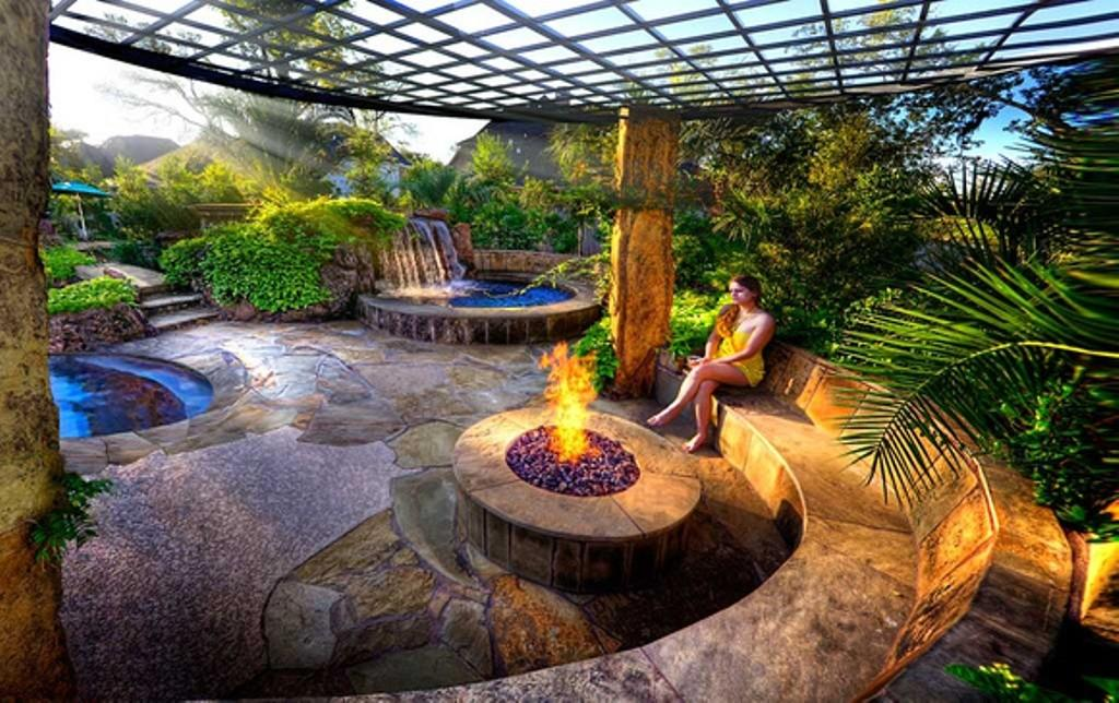 Round Stone Fire Pit Half Circular Bench