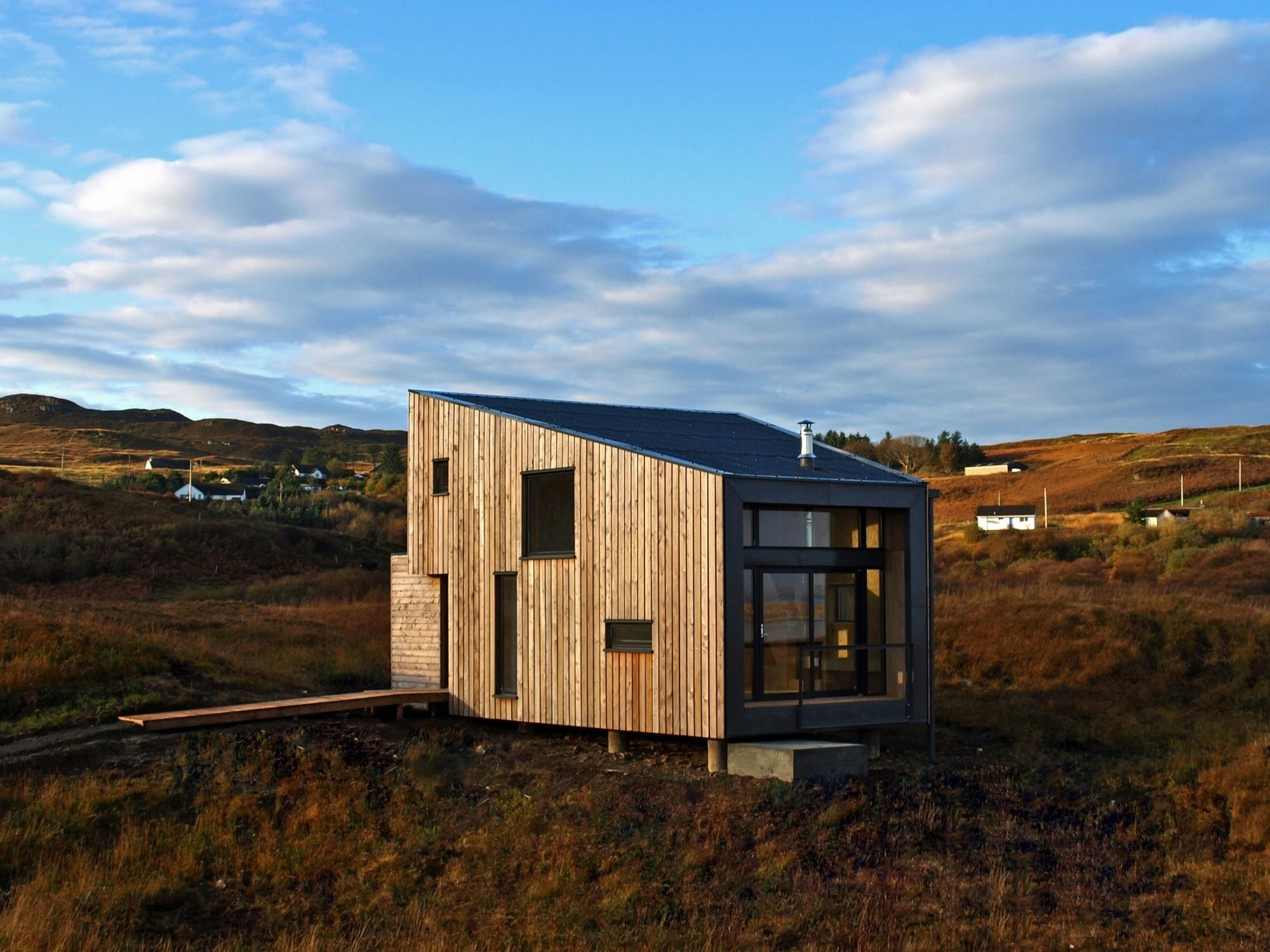 Rural Design Completes Larch Clad Holiday Home Isle