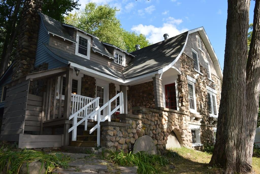 Rustic Charm Lake Cottages Rent Muskoka