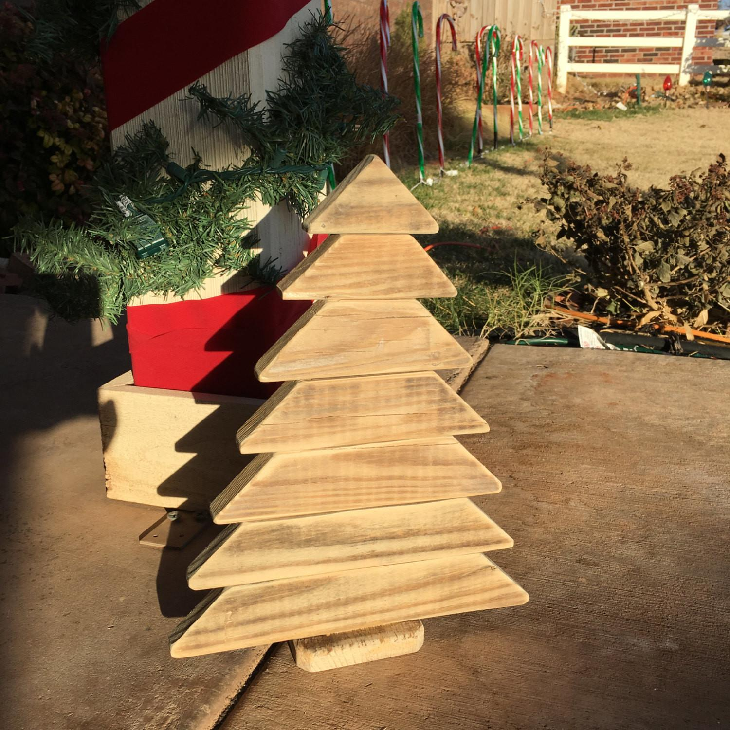Rustic Christmas Decor Pallet Trees