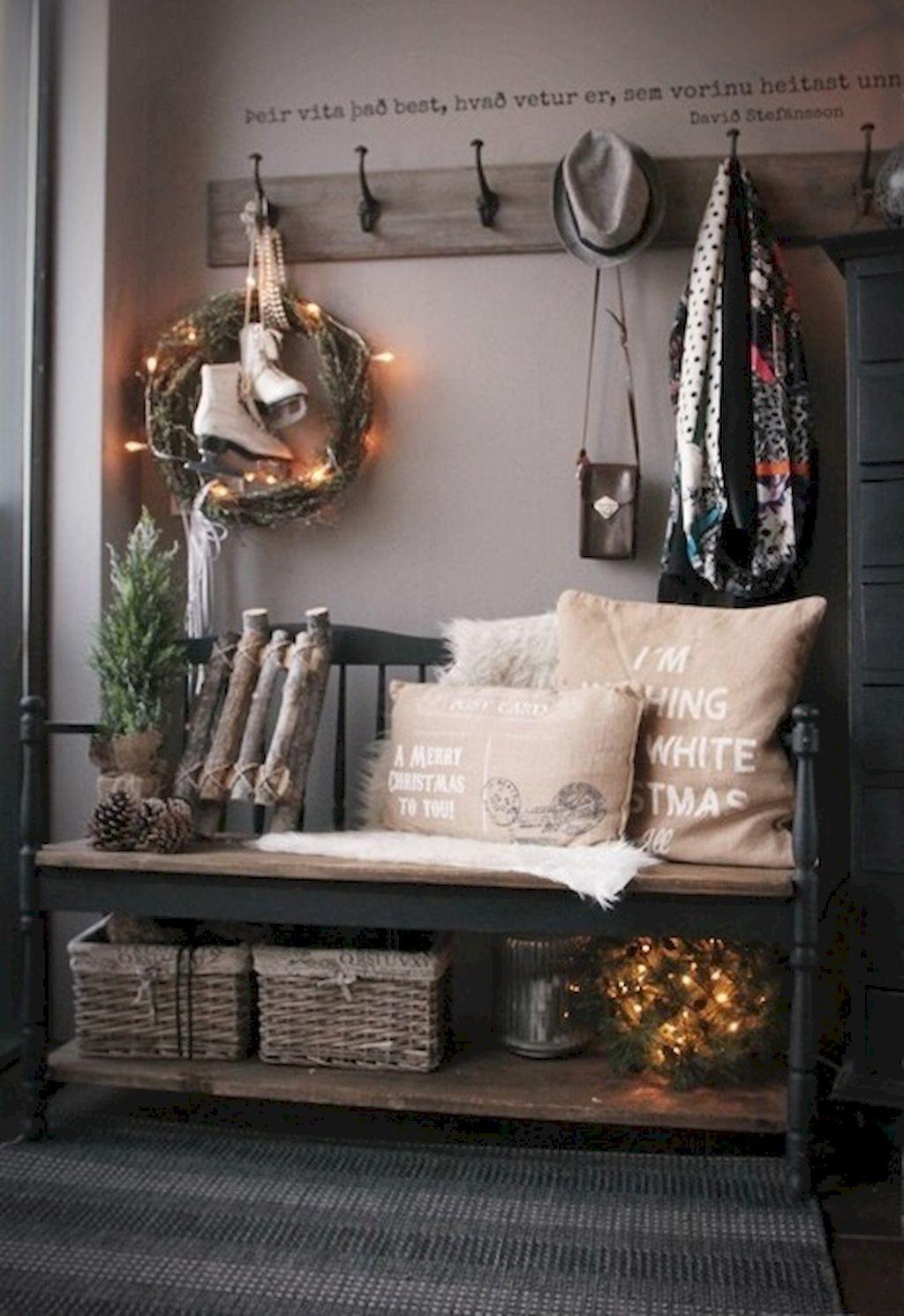 Rustic Farmhouse Mudroom Decorating Ideas