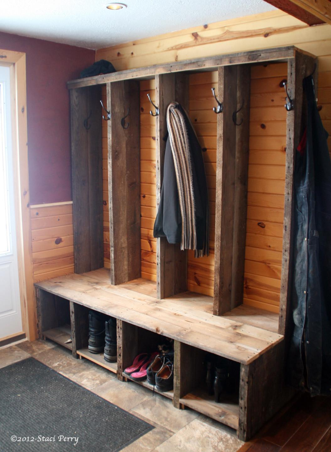 42 Unbelievable Mudroom Entryway Benches That You Have To Try Tons Of Variety Decoratorist