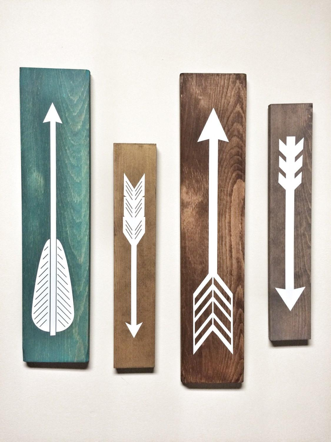 Rustic White Wooden Arrows Piece Set Decor