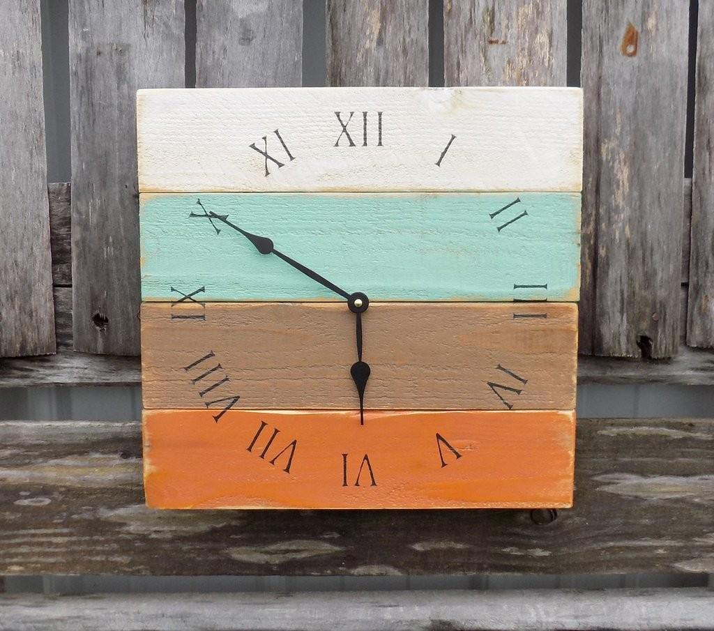 Rustic Wood Beach Clock Pallet House