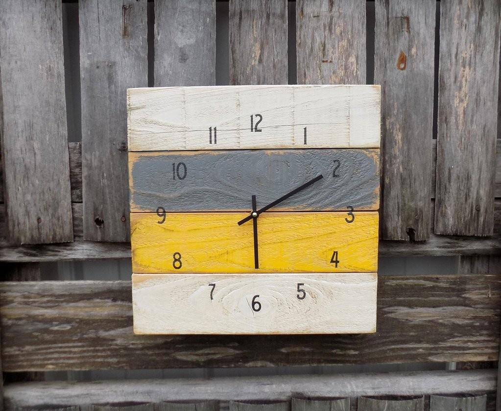 Rustic Yellow Grey White Pallet Clock Cedar Creek