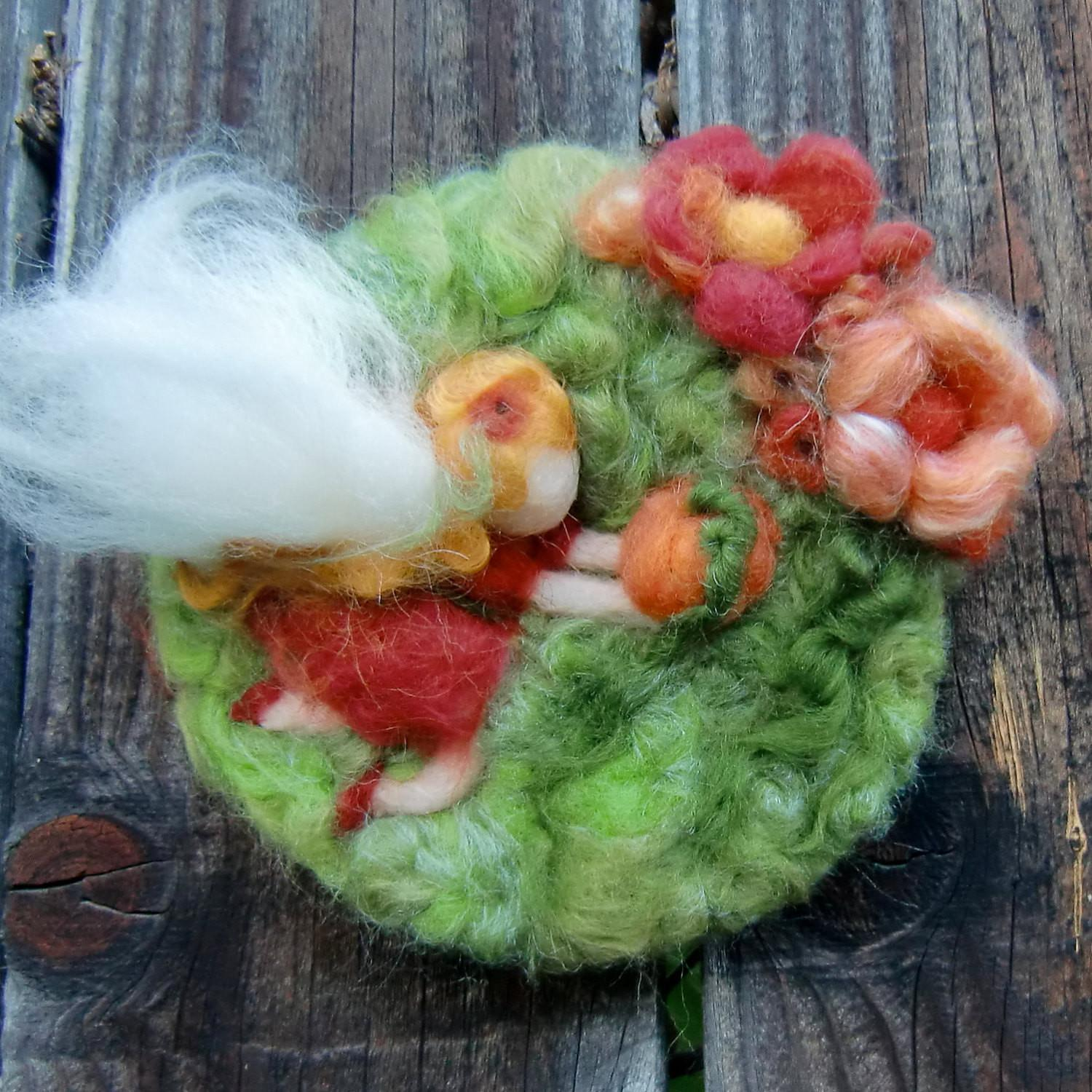 Sale Here Comes Pumpkin Mini Needle Felted Wall Hanging