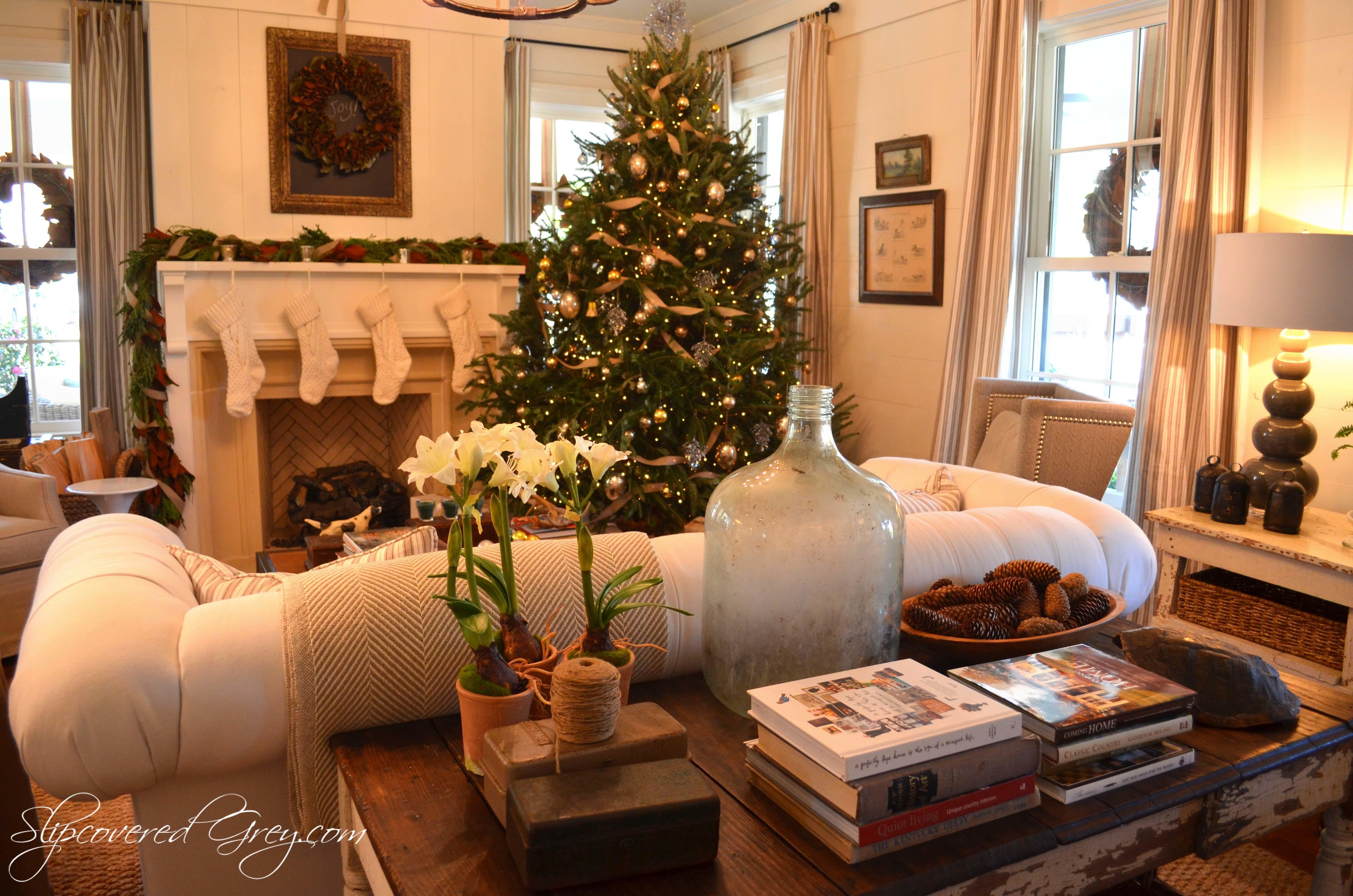 Sample Christmas Tree Decorating Ideas Commercial