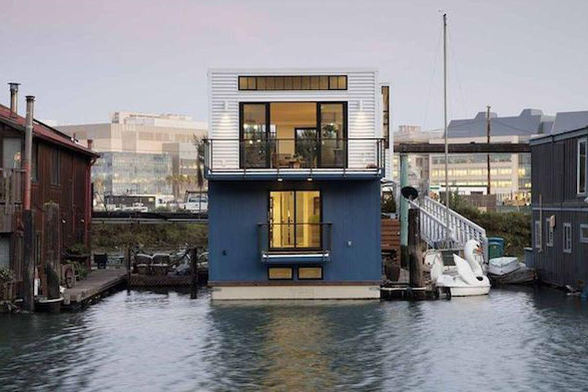 San Francisco Floating Home Channels Industrial Loft Style