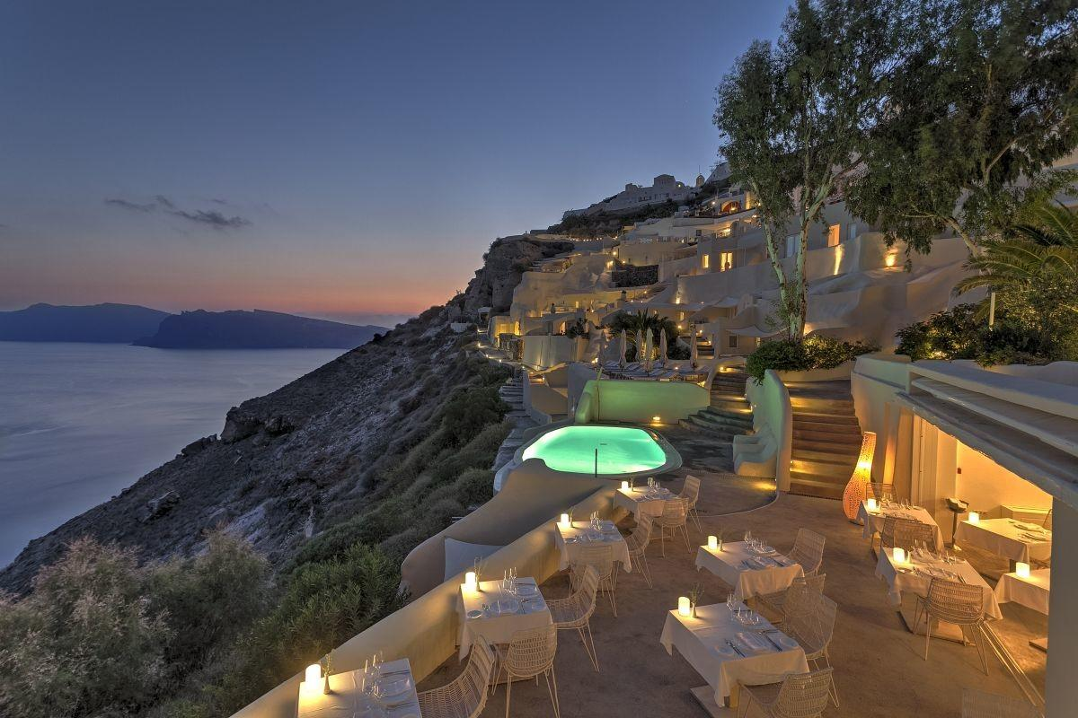 Santorini Mystique Named Most Beautiful