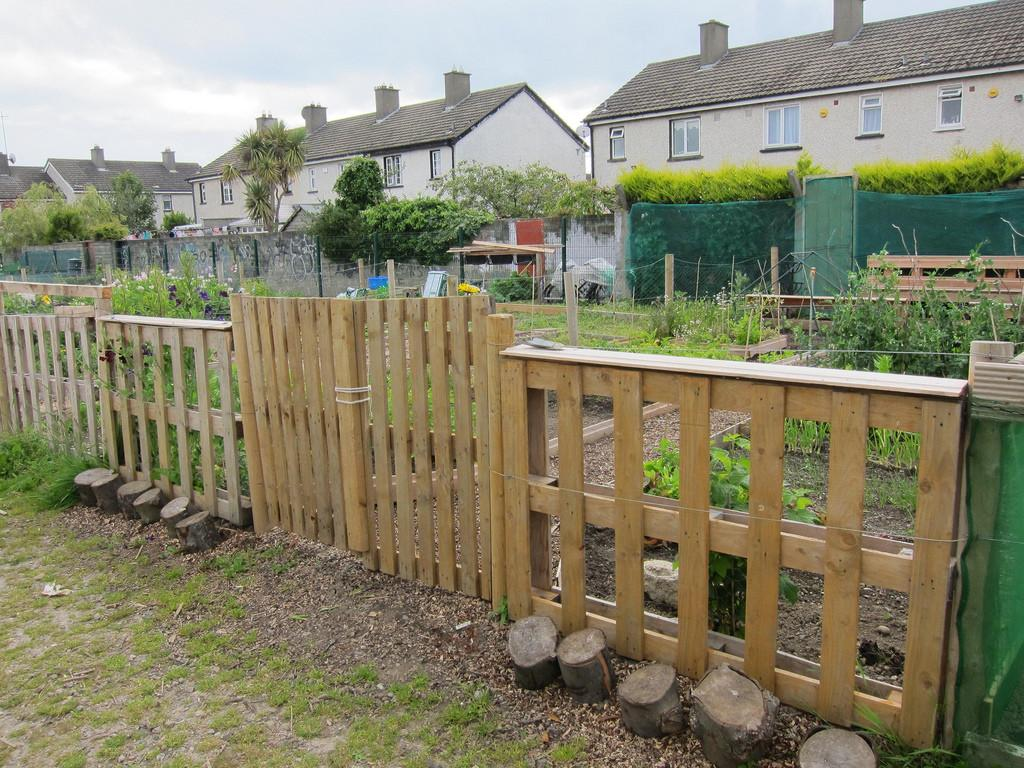Scg Plot Pallet Fencing Made Timber