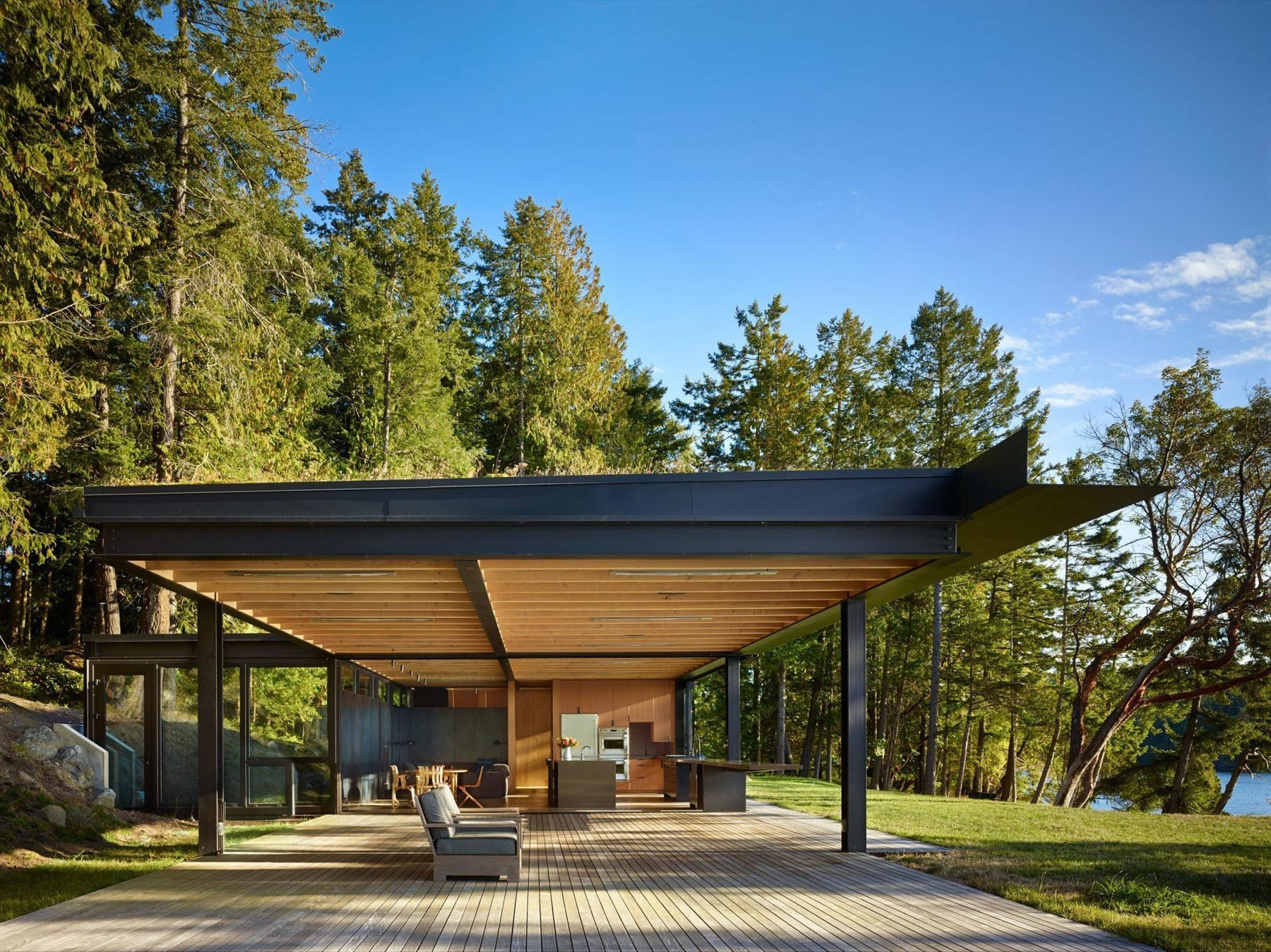 Secluded Waterfront Retreat Pacific Northwest