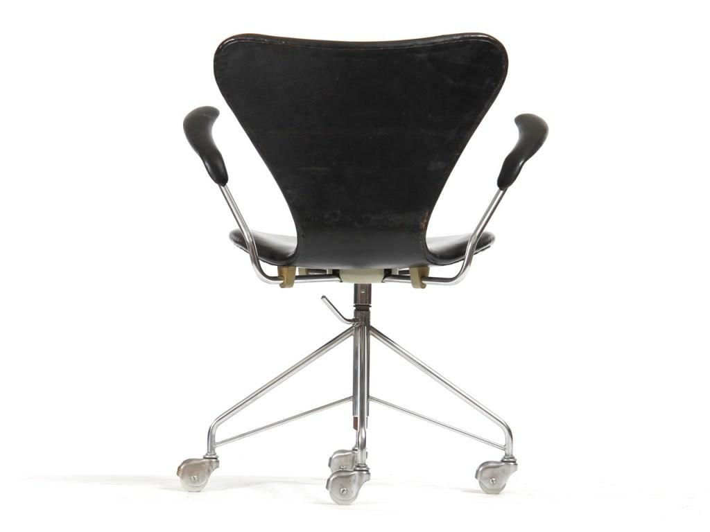 Series Chair Arne Jacobsen 1stdibs