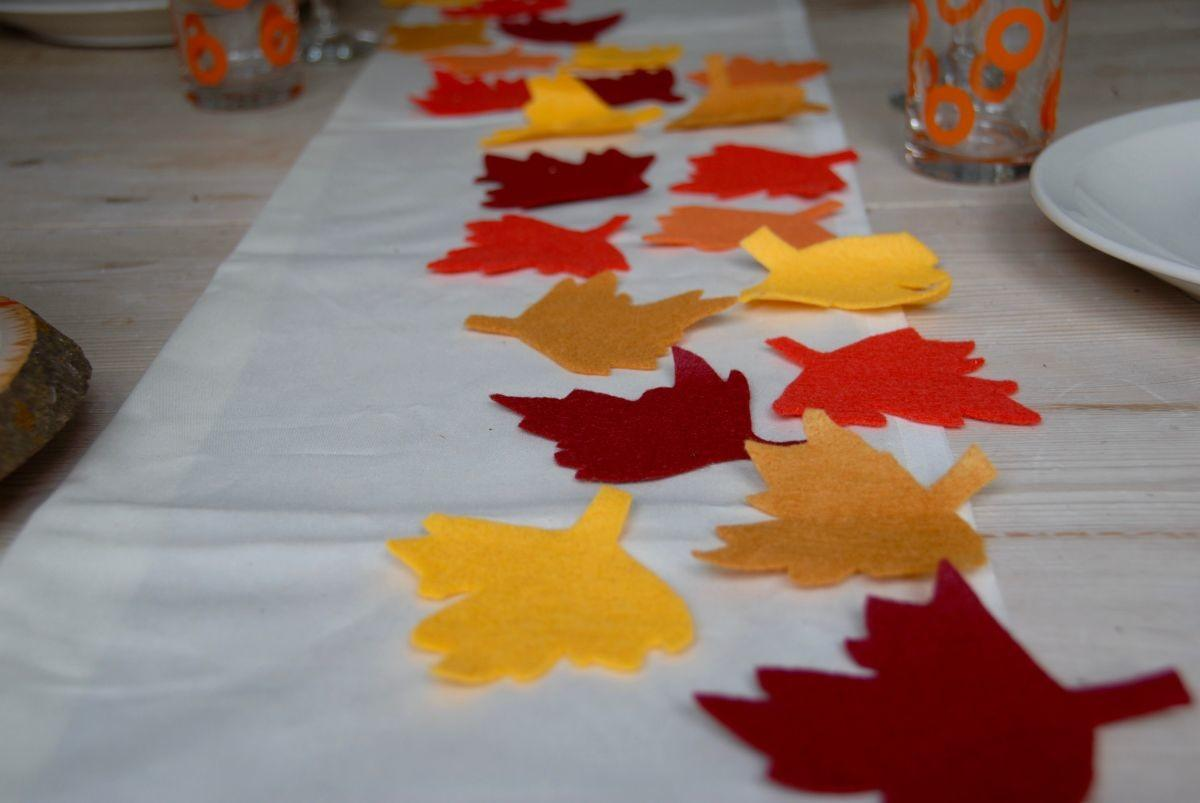 Sew Thanksgiving Table Runner Placemats