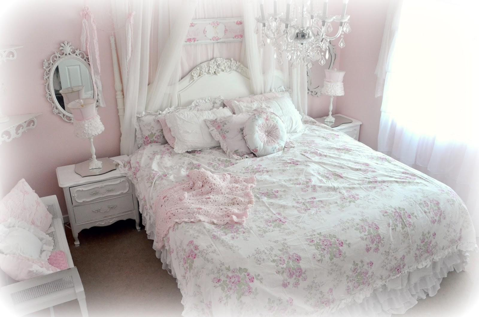 Shabby Chic Bedding Can Add Elegant Vintage Touch