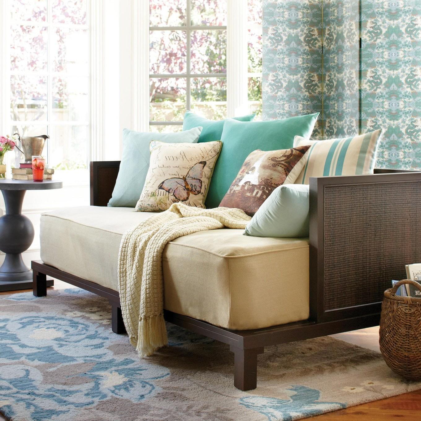 Shabby Chic Living Room Small Ideas Daybed Home