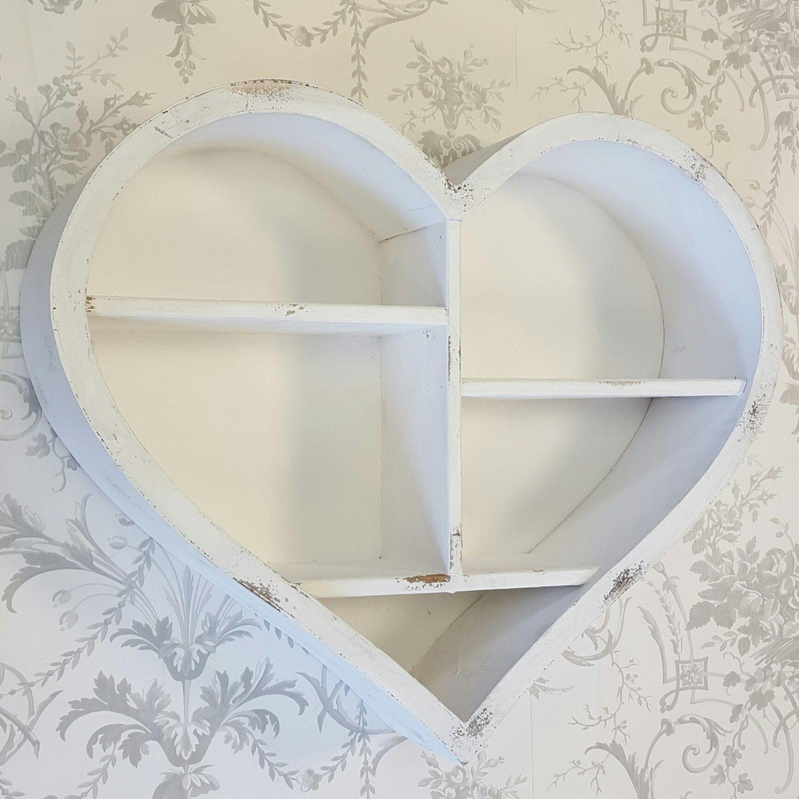 Shabby Chic Vintage Style White Wooden Heart Wall Display
