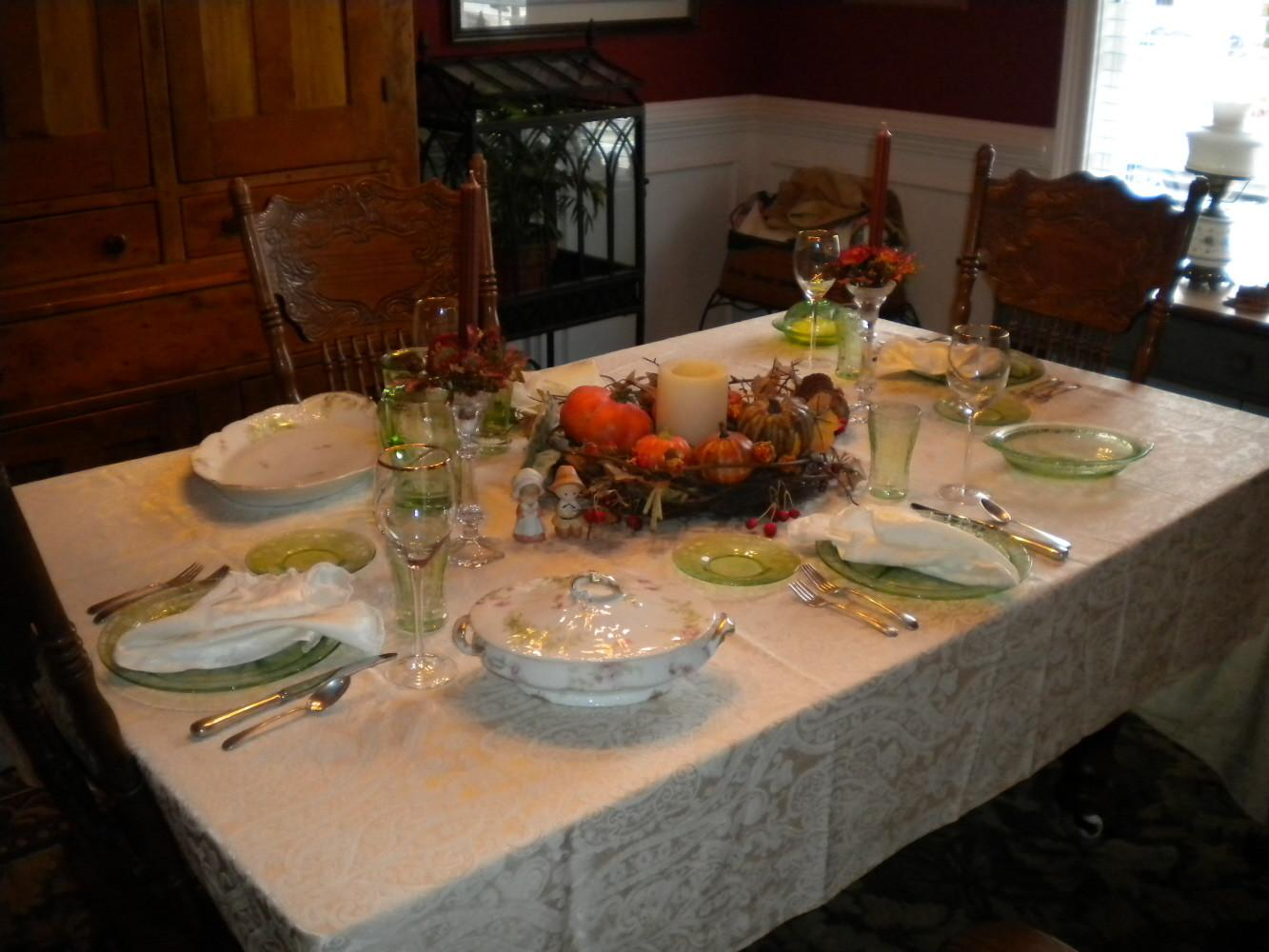 Sherri Jubilee Thanksgiving Table Setting Wedding