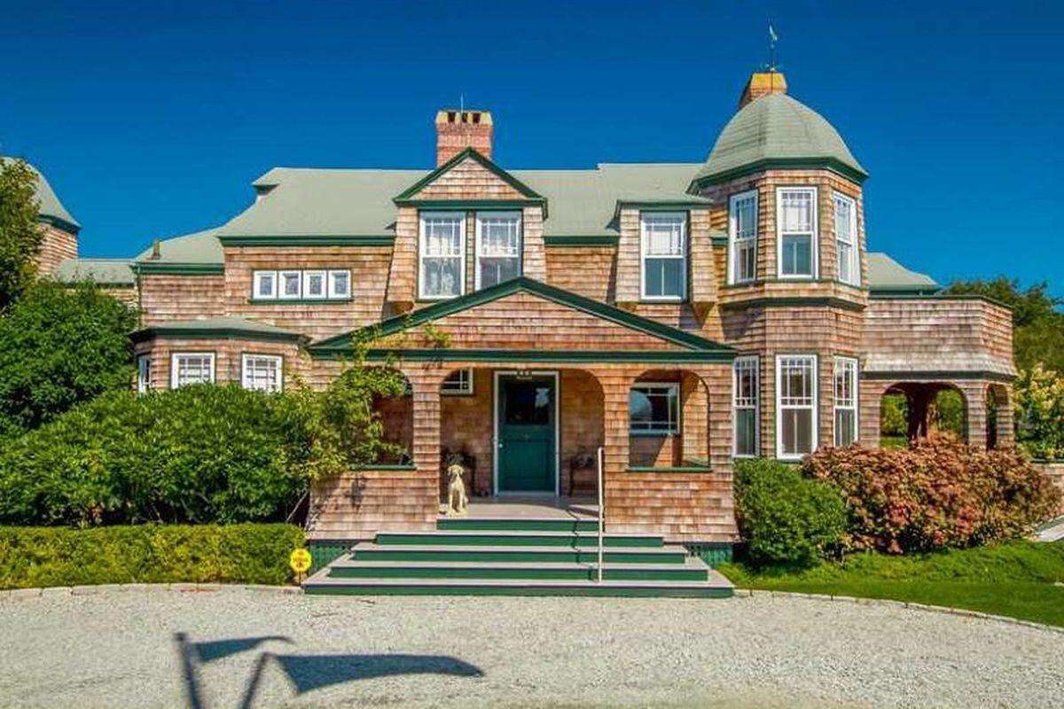 Shingle Style Houses New England Sale Right Now
