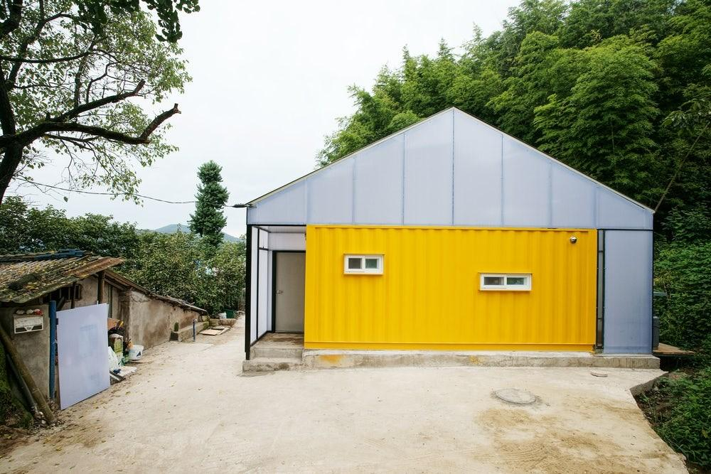 Shipping Container Based Low Cost House Provides Home