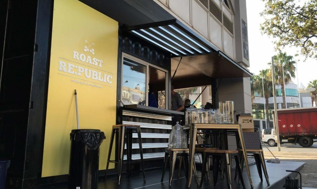 Shipping Container Caf Serves Coffee Conscience