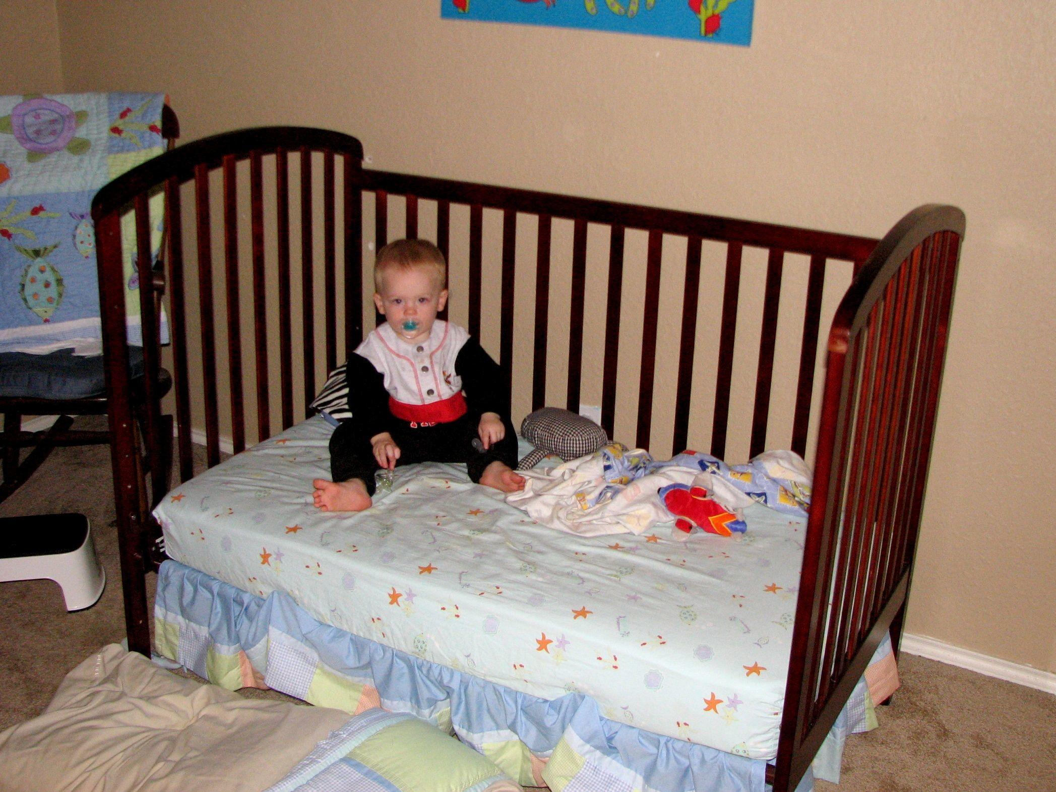 Signs Your Toddler Ready Move Bed