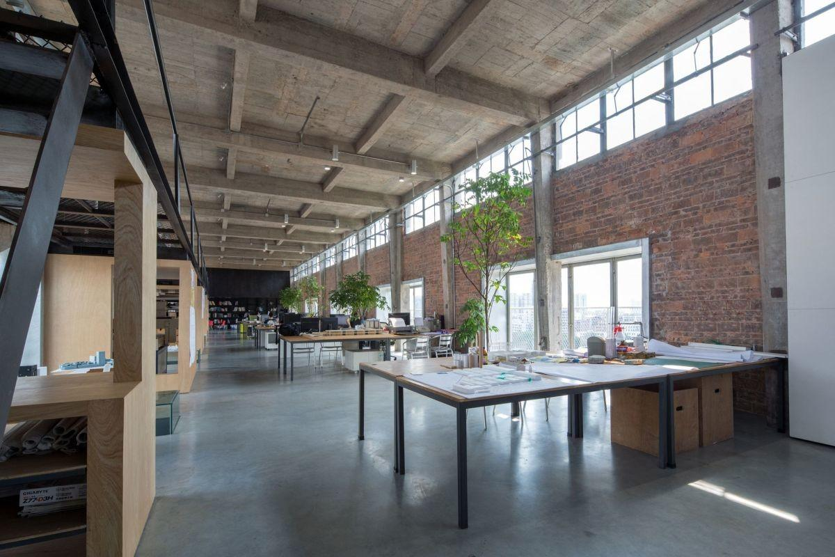 Silo 1960 Beer Factory Turned Into Workshop