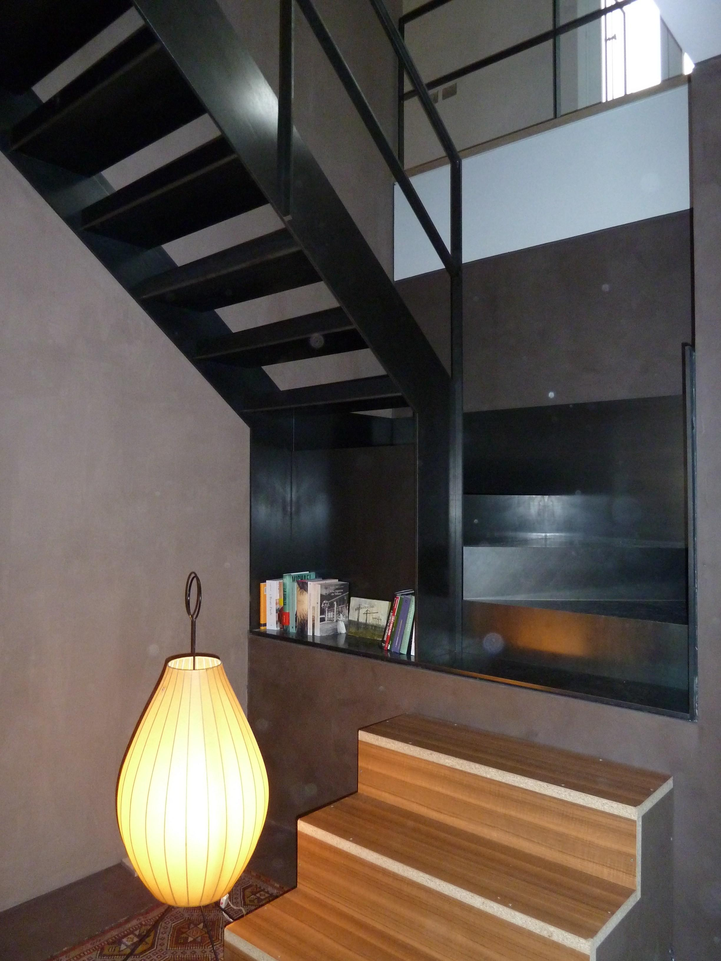 Simple Black Polished Metal Open Staircase Small