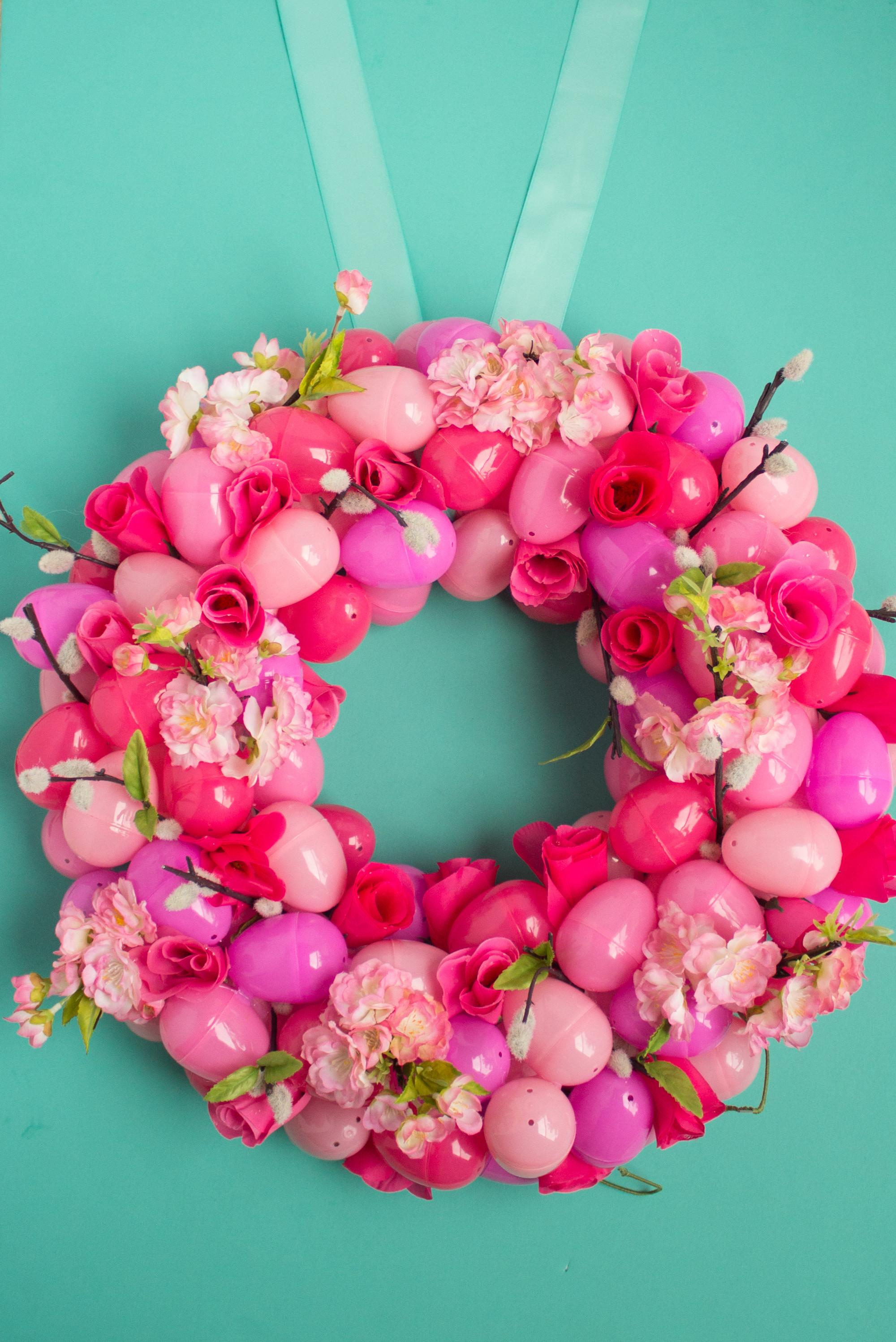 Simple Floral Ombre Easter Egg Wreath