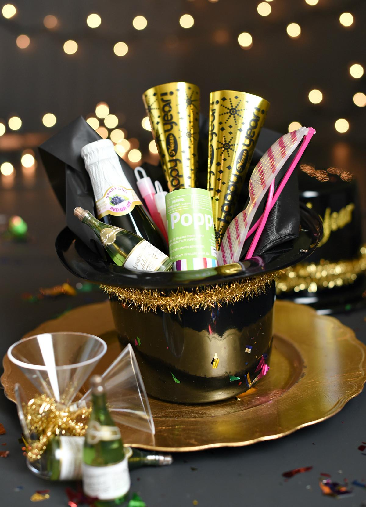 Simple New Year Eve Party Favors Fun Squared