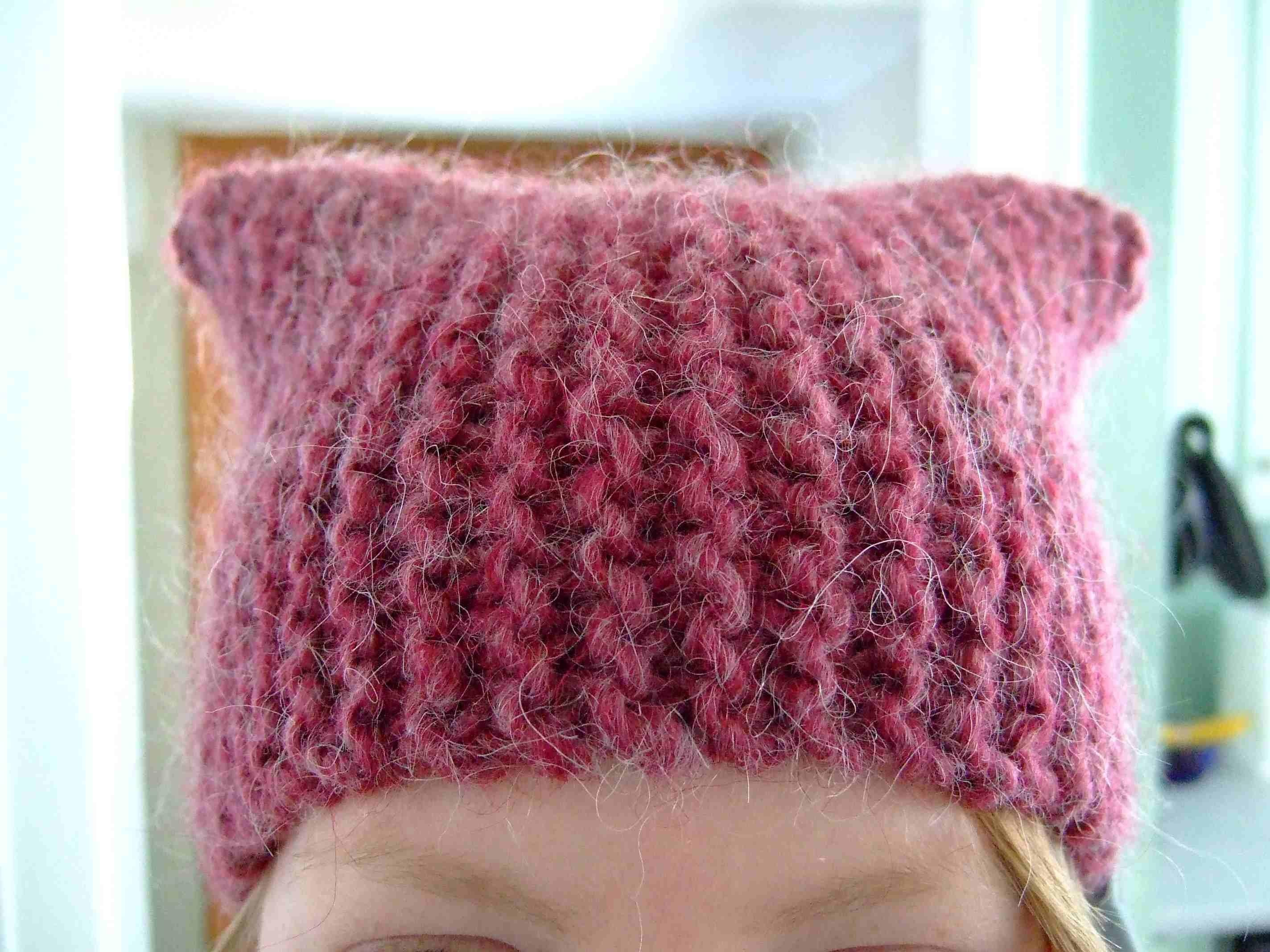Simple Slouch Hat Knitting Pattern