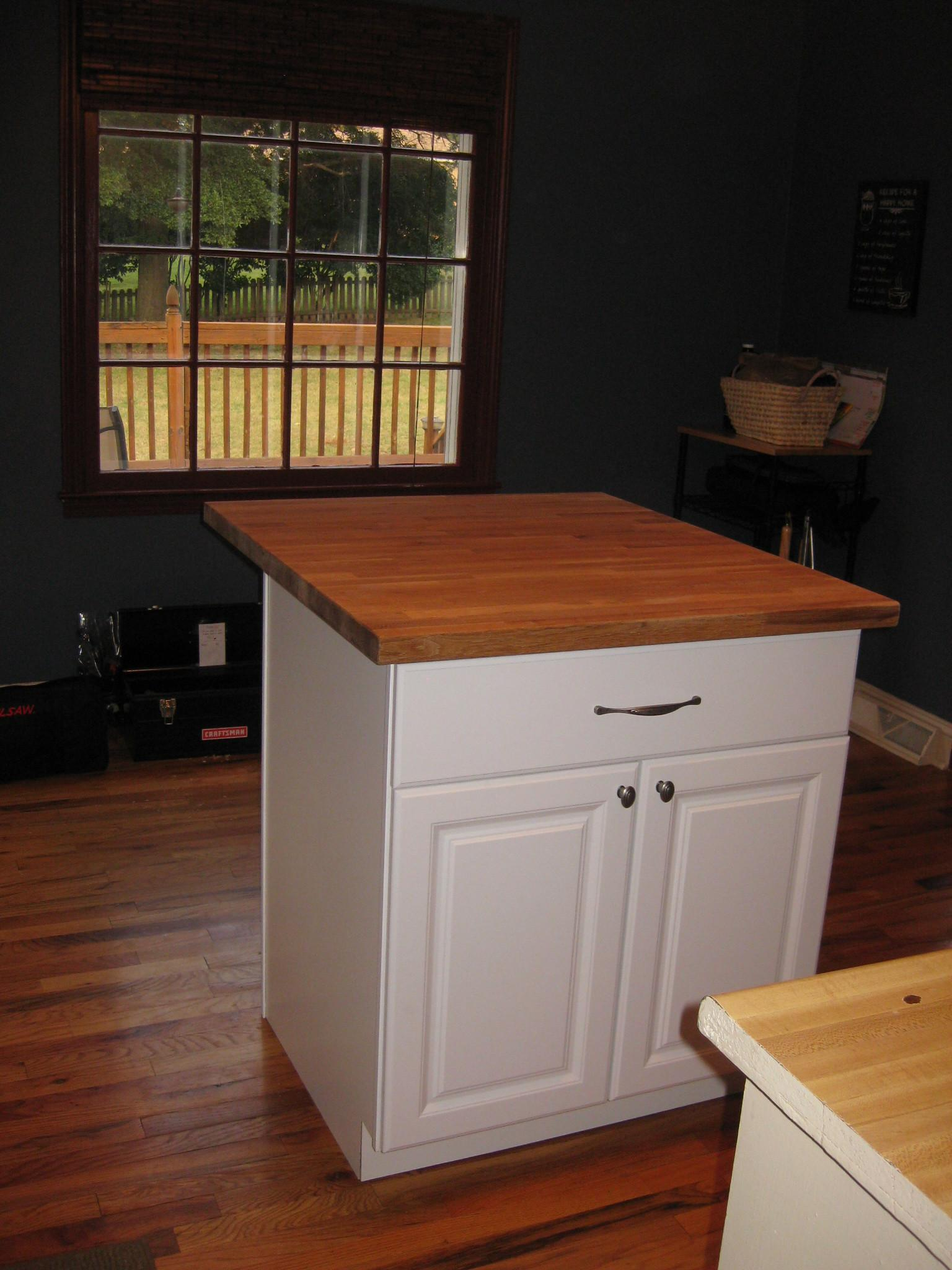 Simple Small Kitchen Island Diy Chalk Color