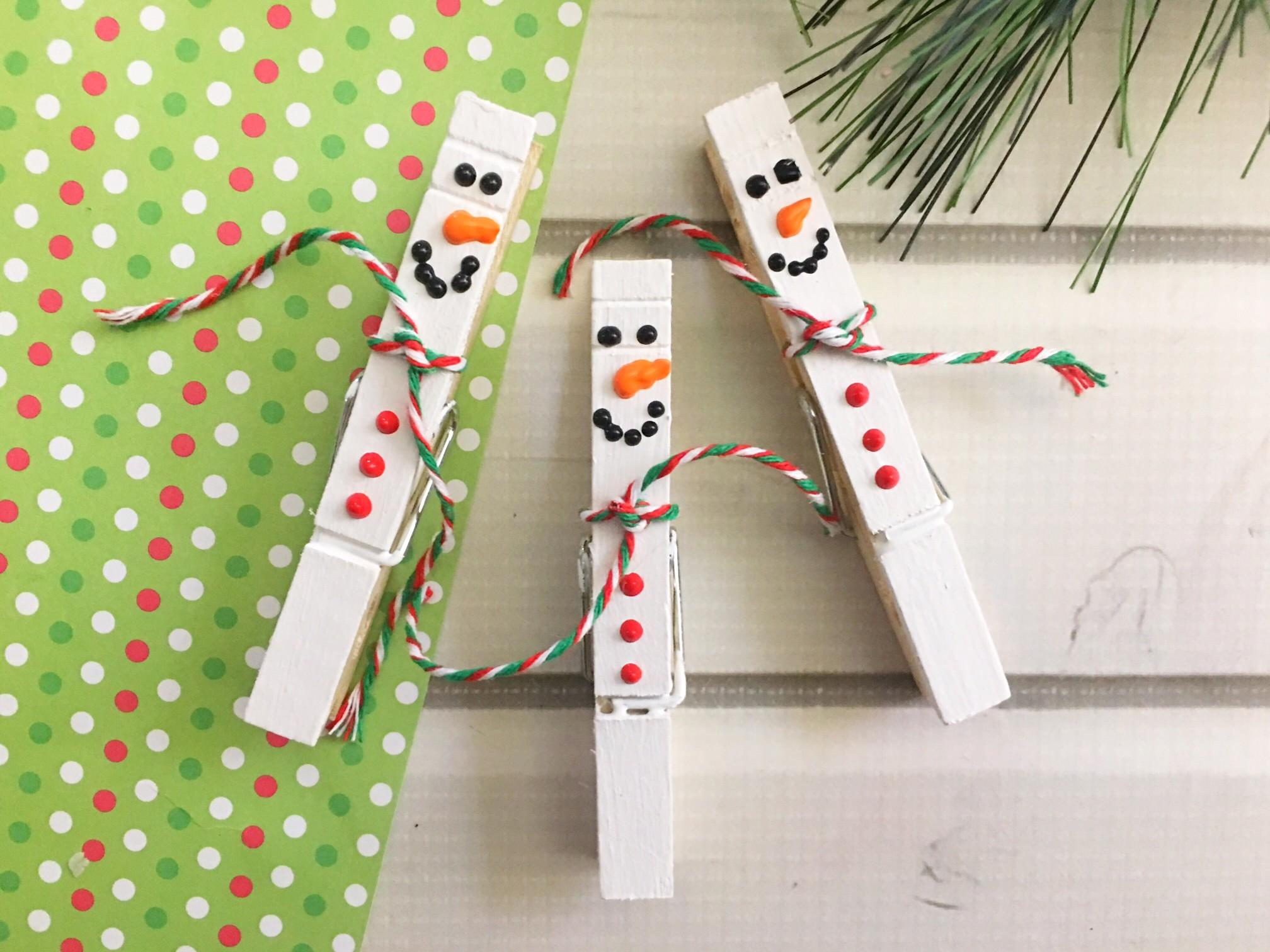 Simple Snowman Clothespin Craft Mom