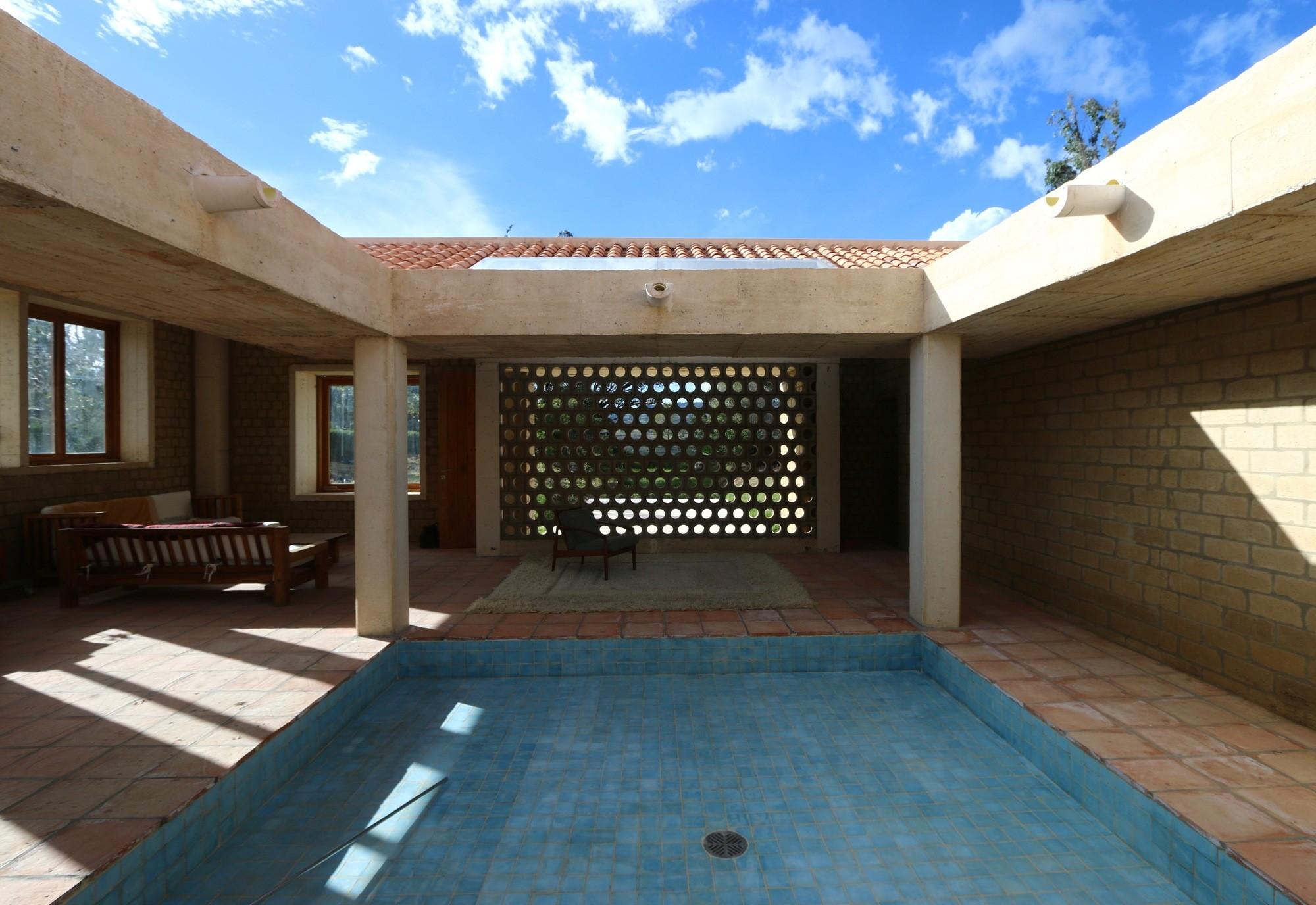 Simple Square House Plan Central Courtyard Design