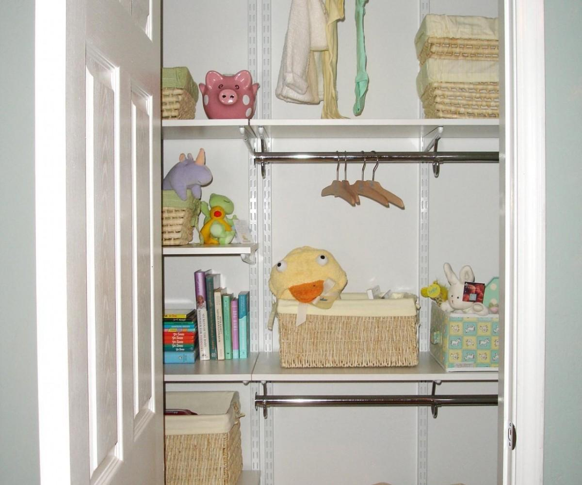 Simple Target Shelf Paper Adhesive Shelving Wire