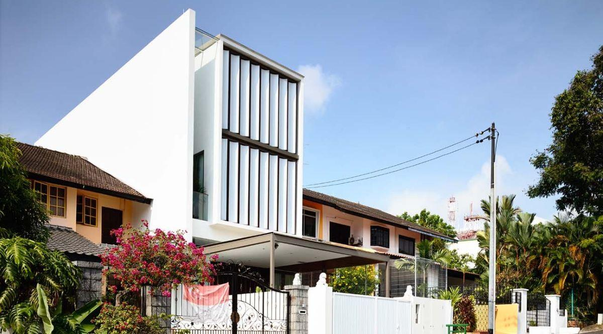 Singapore Terrace House Replaces Entire Front Wall