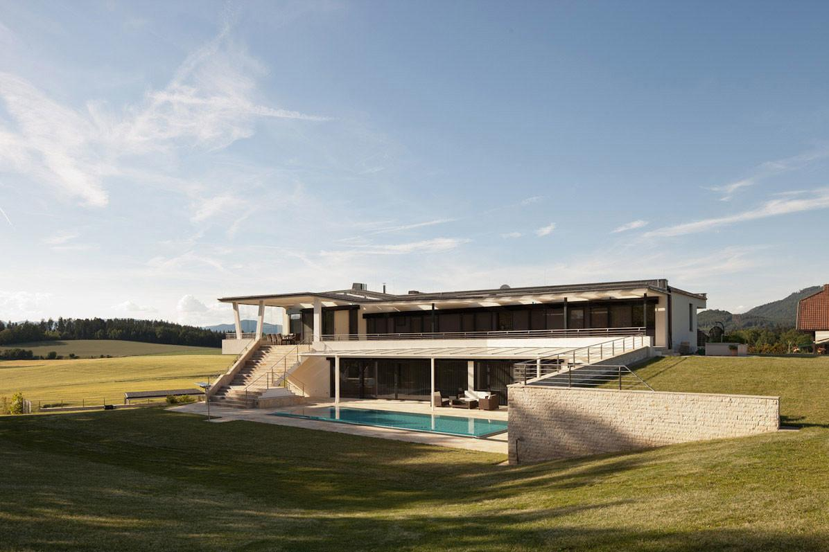 Sleek House Any Austria Spado Architects