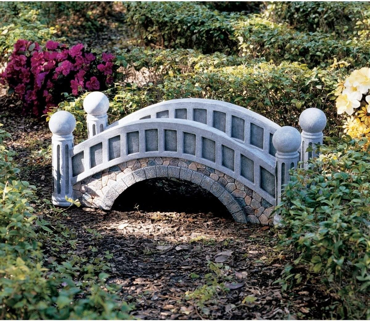 Small Beautiful Fairy Tale Garden Bridges