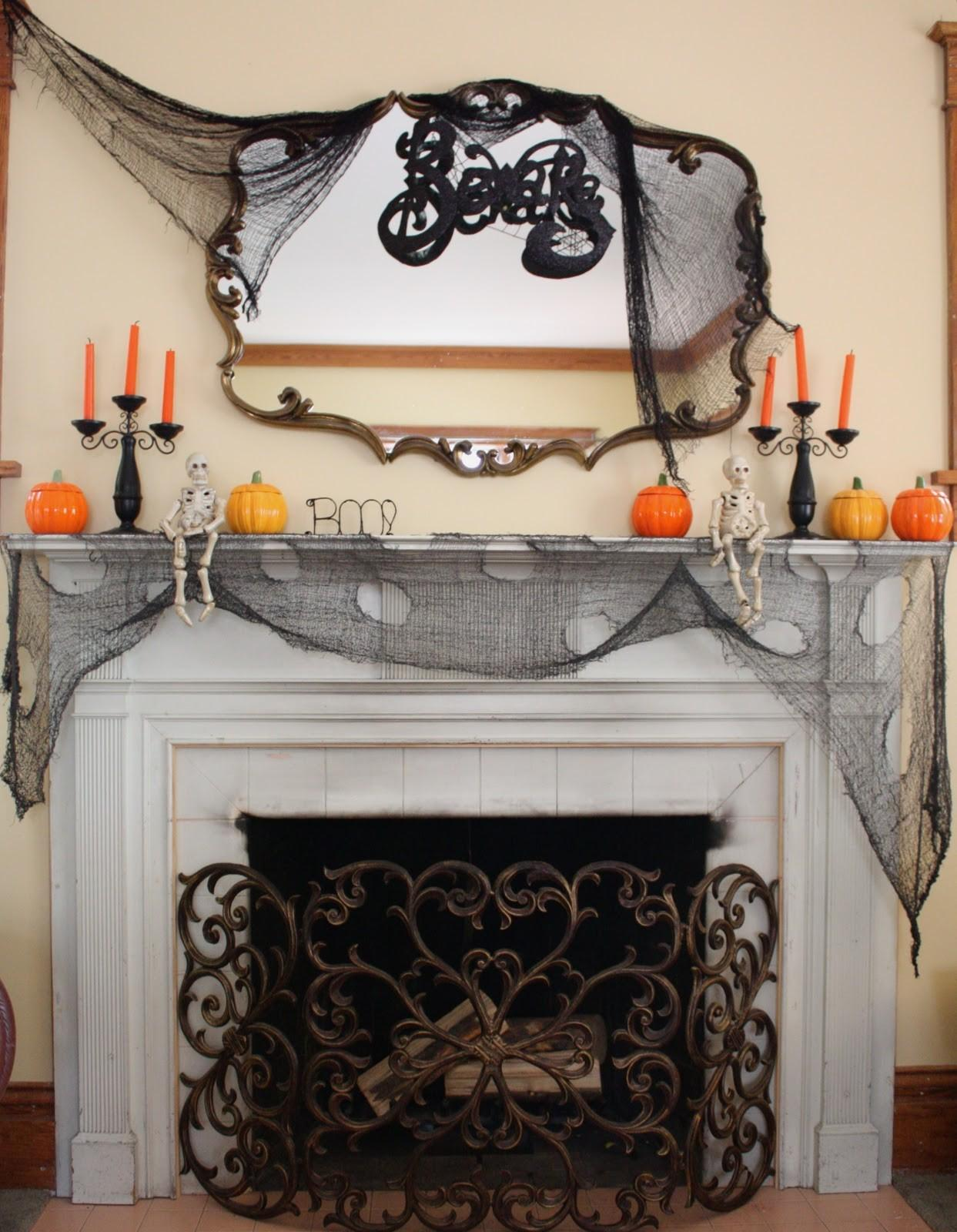 Small Black Halloween Mantle Decorations Mixed Big Round